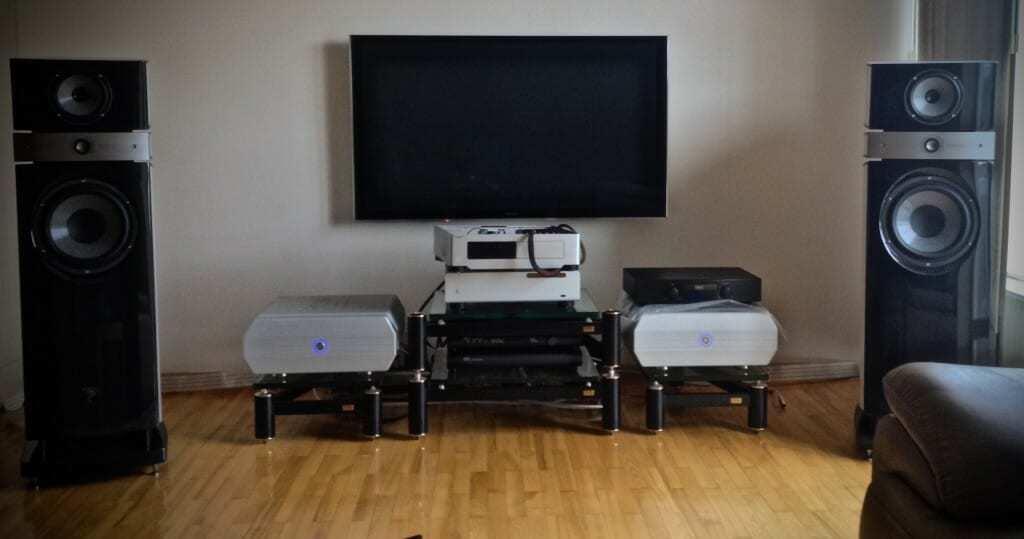 Hi end stereo system in Vilnius