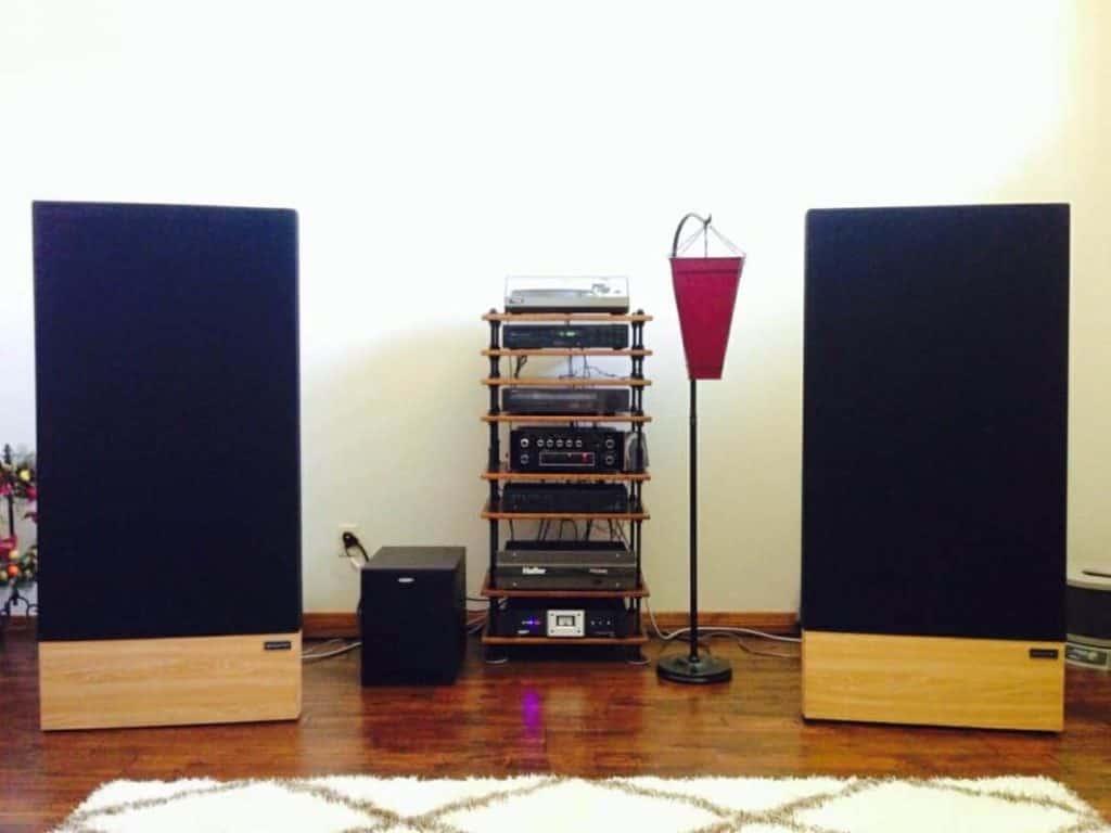 Large speaker set up in USA