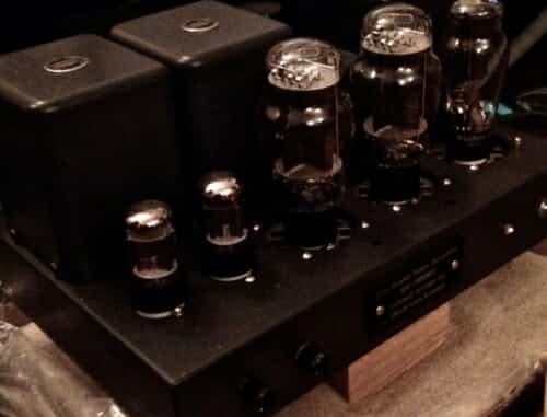 Vinyl sounds beautiful 300b amplifier