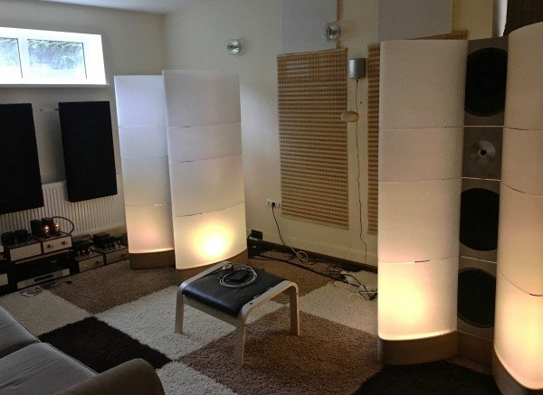 WOLFVONLANGA audiophile set up Speaker position