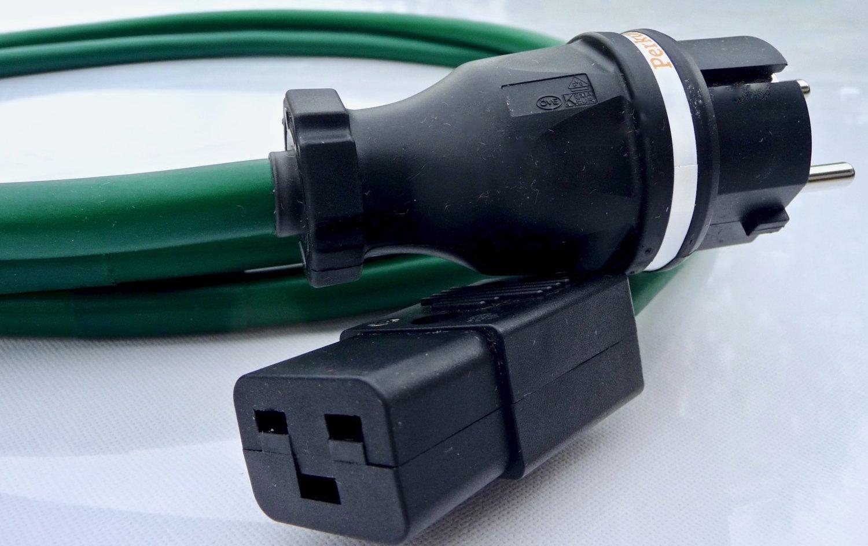 Standard Power cord