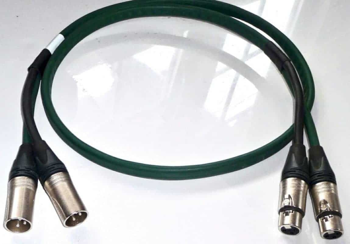 Standard XLR interconnect