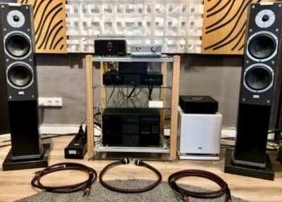 Naim audio with Reference cables