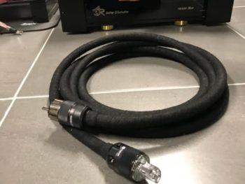 Perkune Matrix S power cable